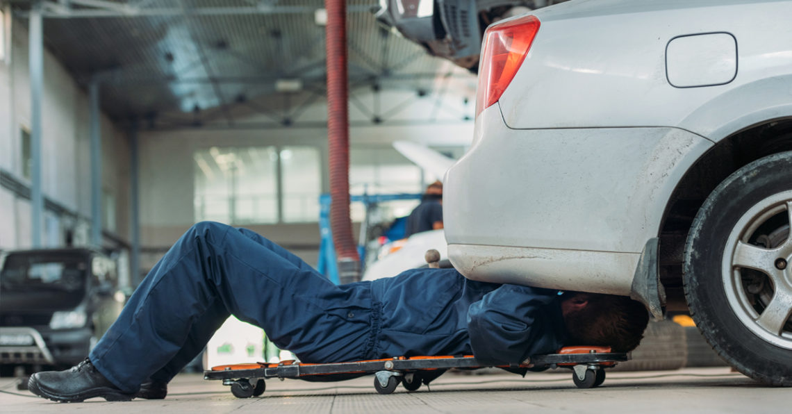 Auto Body Repair Shop >> Looking For The Best Auto Body Repair Shop Getcashnow4cars
